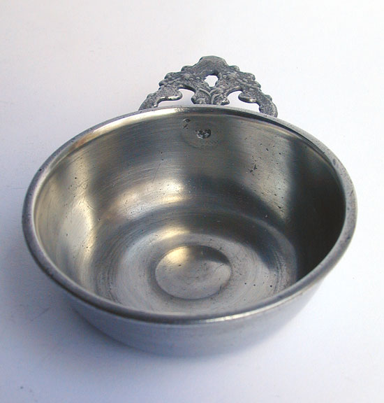 Unmarked Richard Lee Pewter Taster Porringer 3