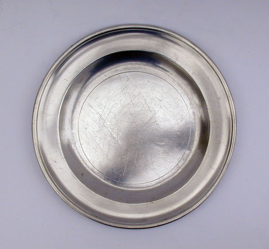 Single Reed Rim Export Pewter Plate by Robert Bush & Co.
