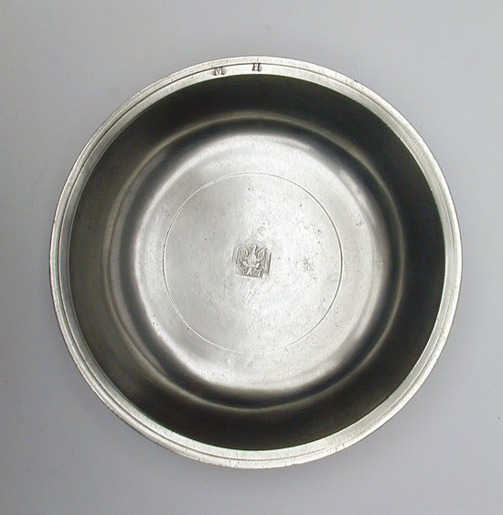 An Eagle Marked Nathaniel Austin Pewter Basin