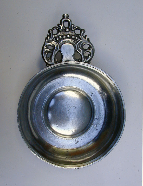 A Scarce New England Antique Pewter Porringer Marked WN