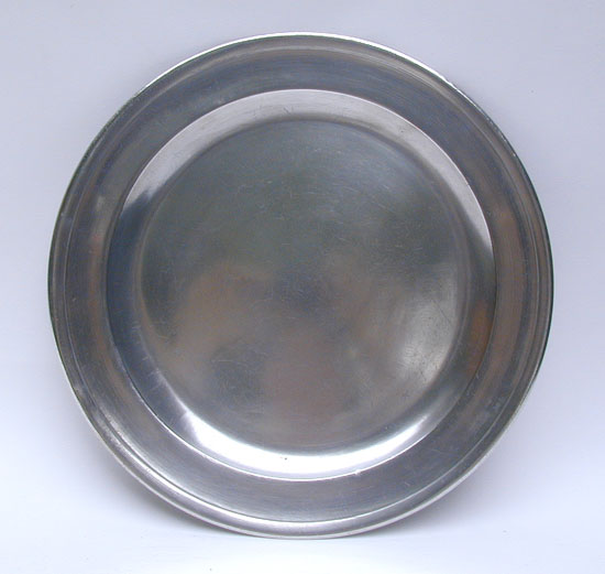 An Unmarked Antique American Pewter 12